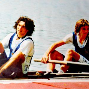 Bled. Bivsi veslac Denis Zvegelj in Iztok Cop, dobitnika prve olimpijske medalje v samostojni Sloveniji. Foto: Osebni arhiv Denisa Zveglja