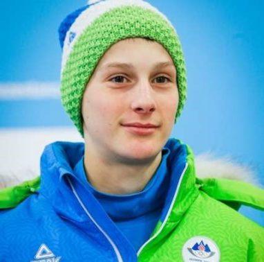 Predstavitev slovenske reprezentance, ki bo med 25. in 31. 1. nastopila na zimskem olimpijskem festivalu evropske mladine v avstrijskem Vorarlbergu in Lihtenstajnu. Smucarski skakalec Domen Prevc.