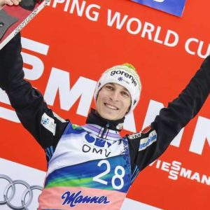 Zadnja tekma sezone smucarjev skakalcev za svetovni pokal. Slovenski skakalec Jurij Tepes je osvojil prvo mesto.